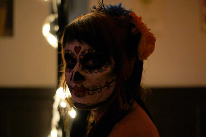 day of dead facepaint, girl sugar skull makeup