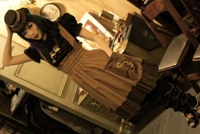 steampunk fashion outfit, brown dress