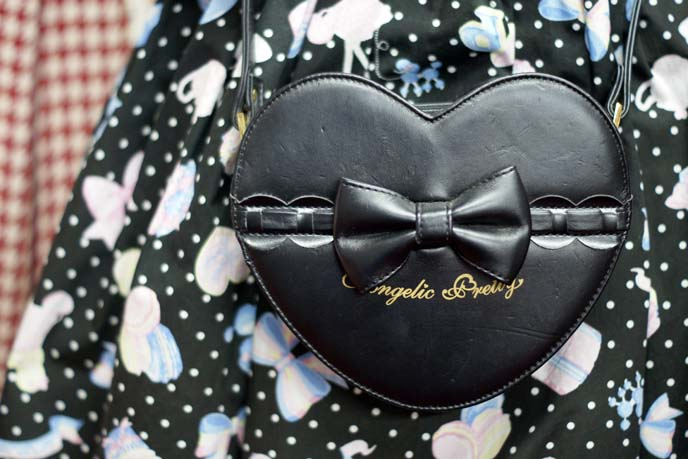 angelic pretty heart purse