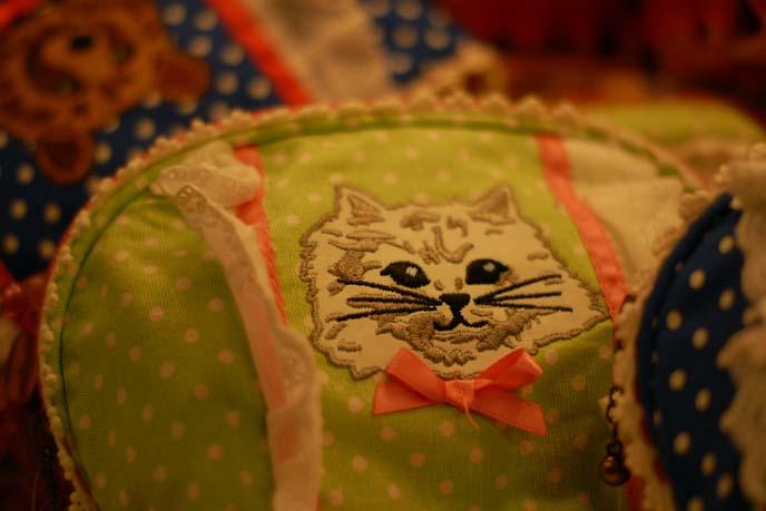 tokyo craft store, cat pillow