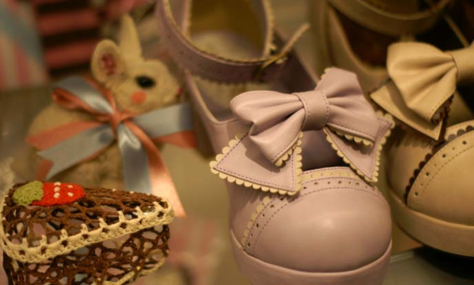lolita shoes, lavender mary janes
