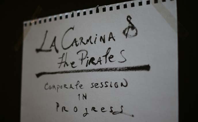 la carmina and pirates sign