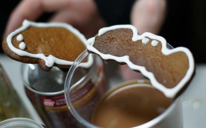 halloween gingerbread, ghost bat cookies