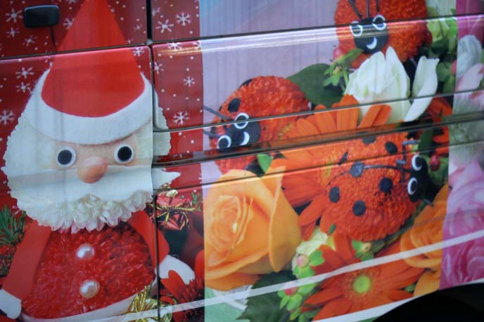 cute decorated flowers van