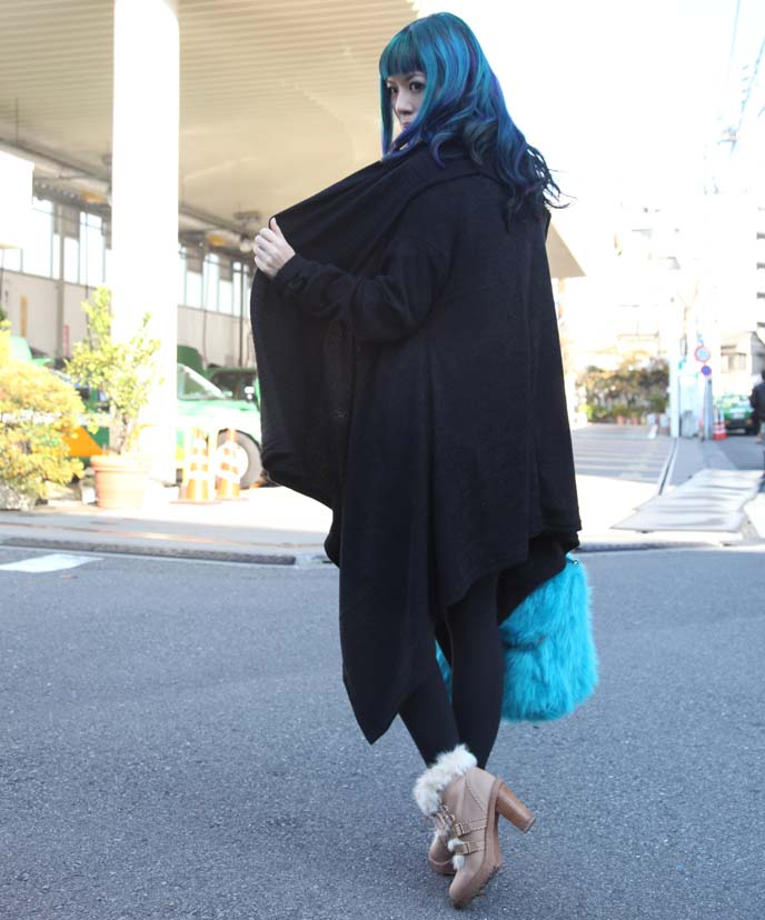 long black cape, korean goth lupin