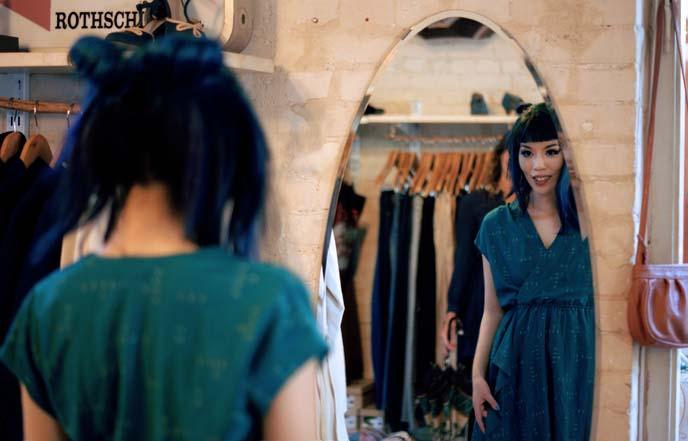 vintage dresses israel