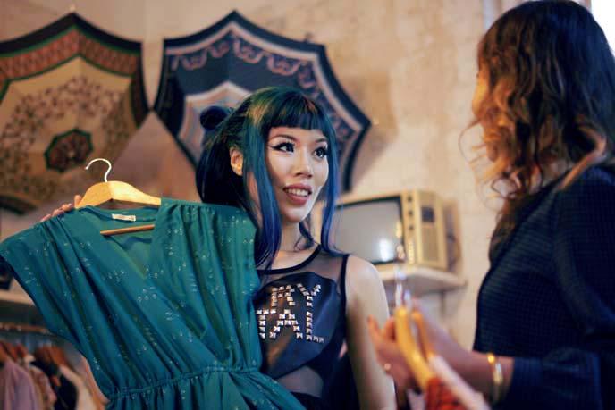 tel aviv vintage clothing store