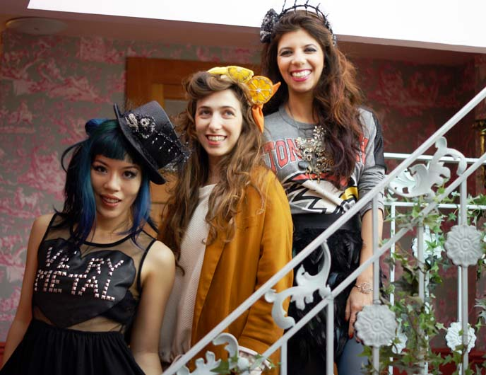 Israeli fashion bloggers, young designers