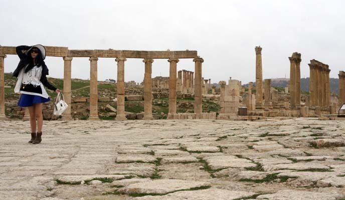 jerash Hippodrome, Colonnade pillars