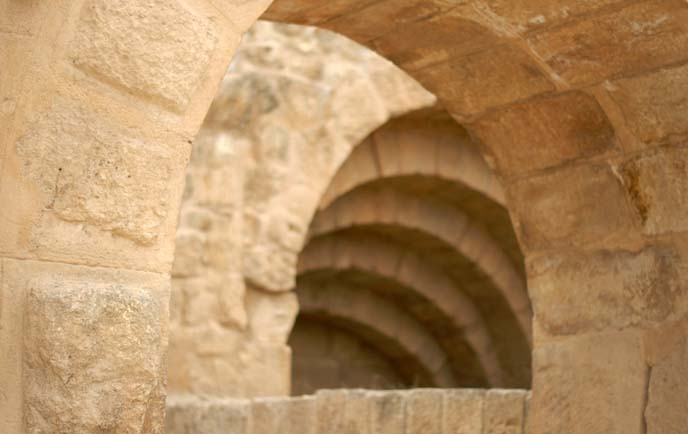 hadrian's arch, greek arches