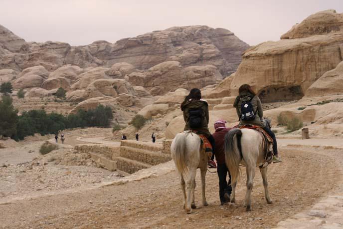 horse rides, petra archeology