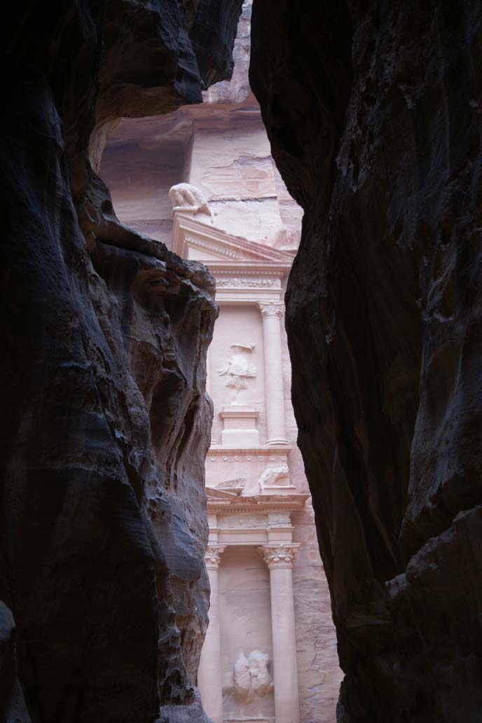 petra treasury between rocks