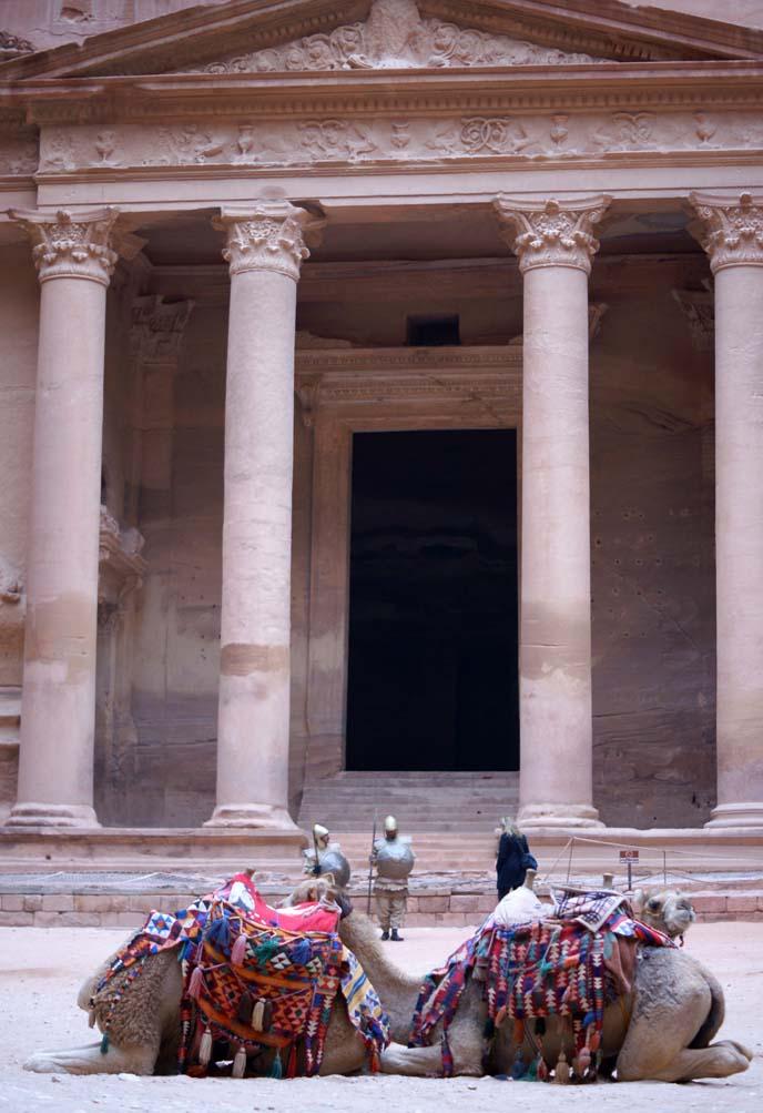 Al Khazneh, jordan temple facade