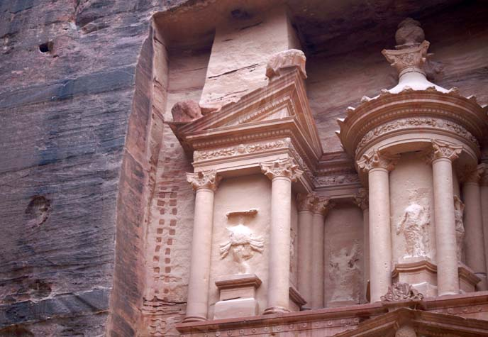 petra treasury carved from rose rock
