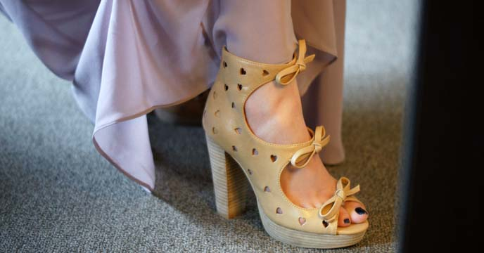 japanese heart cut-out shoes, heels