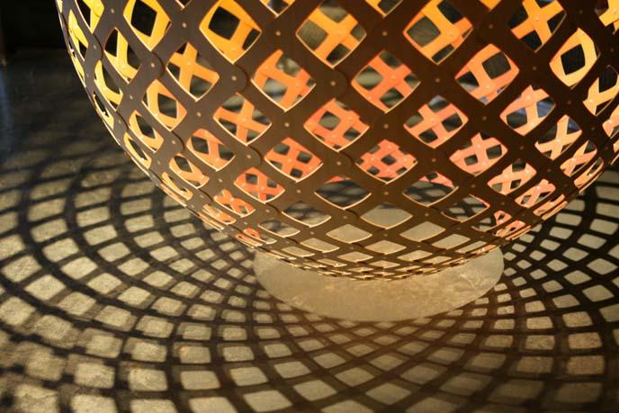 eco friendly sculpture lamp