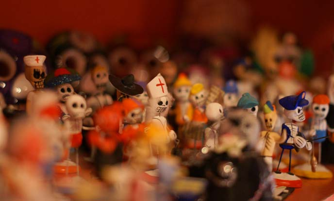 day of the dead mexican skull statues, figurines