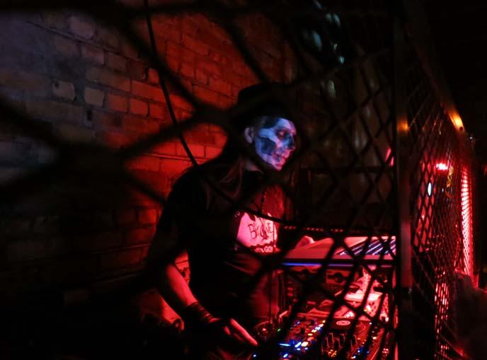 sugar skull makeup dj, freaky fridays velvet underground
