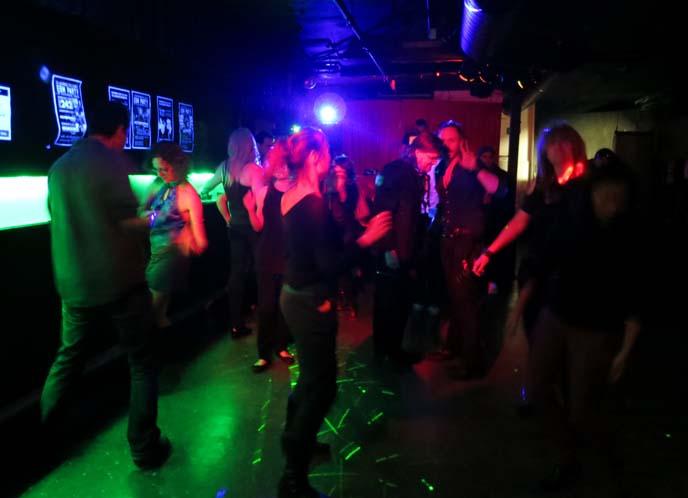 toronto Rave, Retro, Synthpop, Goth club