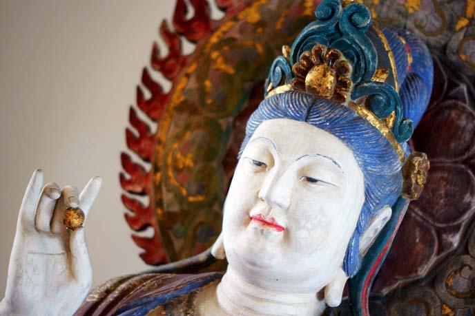 buddha statue, hand positions