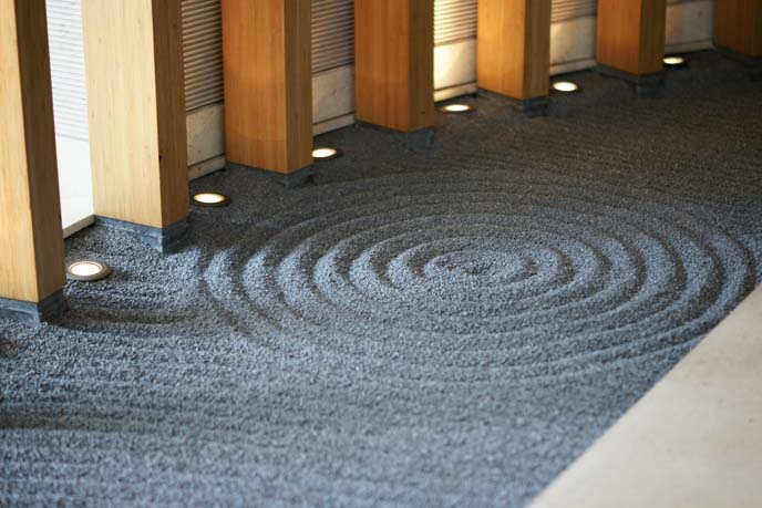 zen circular sand drawing