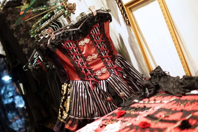 red corset lolita dress