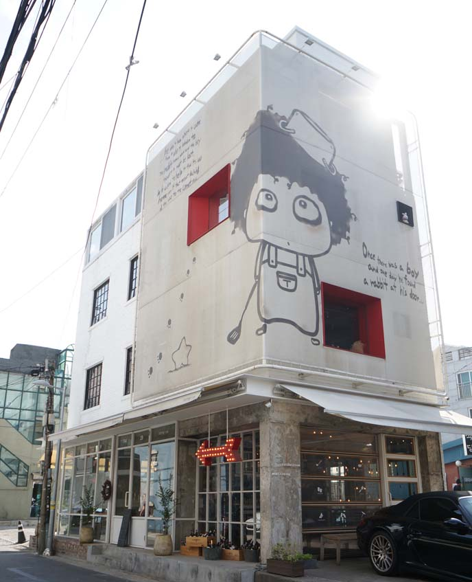 itaewon restaurants, cafes
