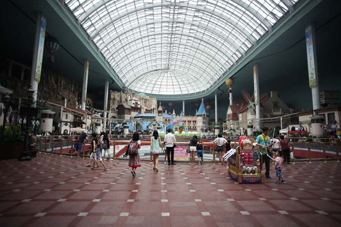lotte world interior