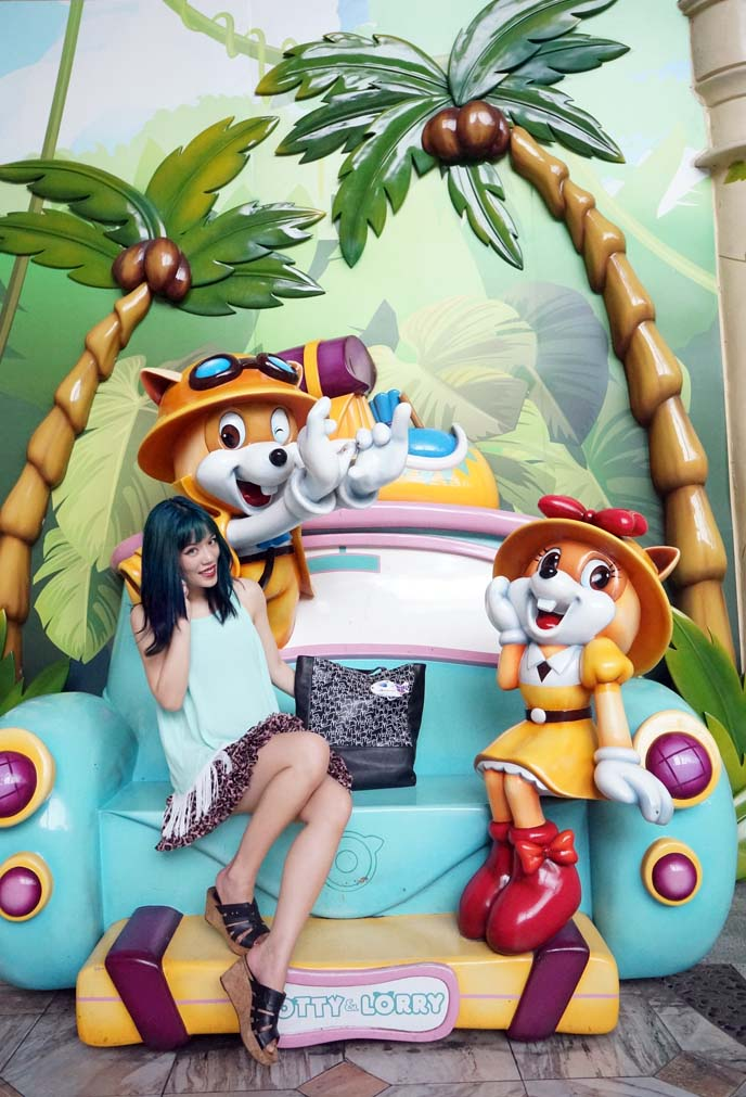lotte world mascot, lorry
