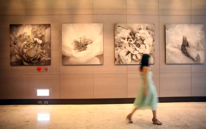 yang yongliang flower art