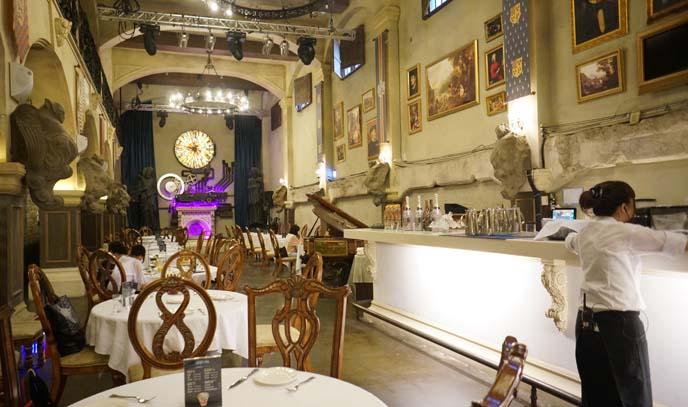 castle themed restaurant