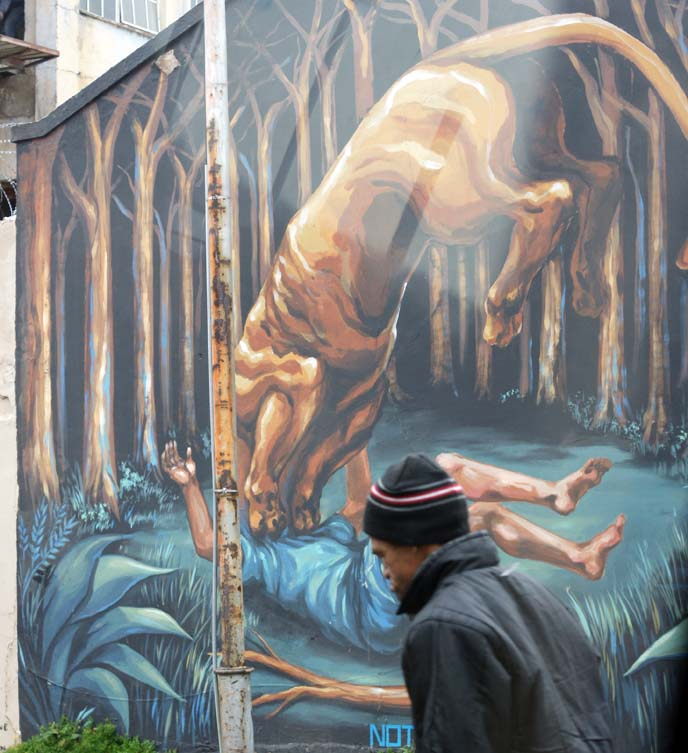 argentina street artist jaz, eating man