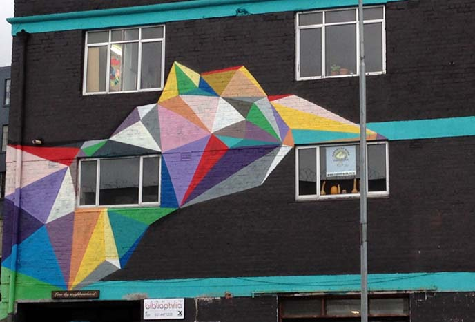rainbow graffiti cape town, Okuda