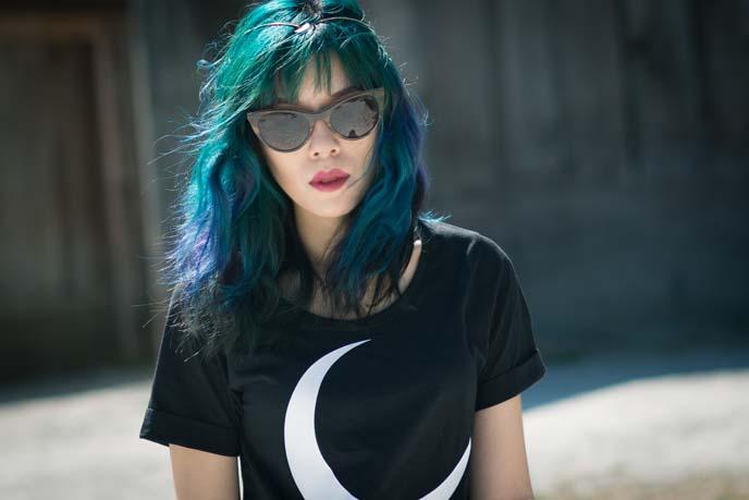 witch moon black tshirt