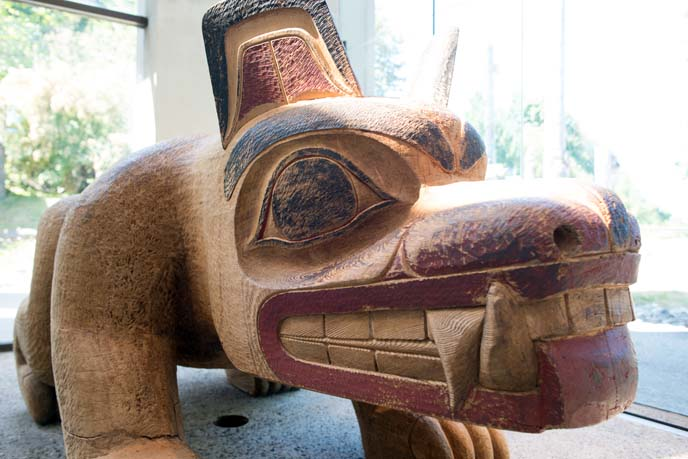 museum of anthropology haida bear statue