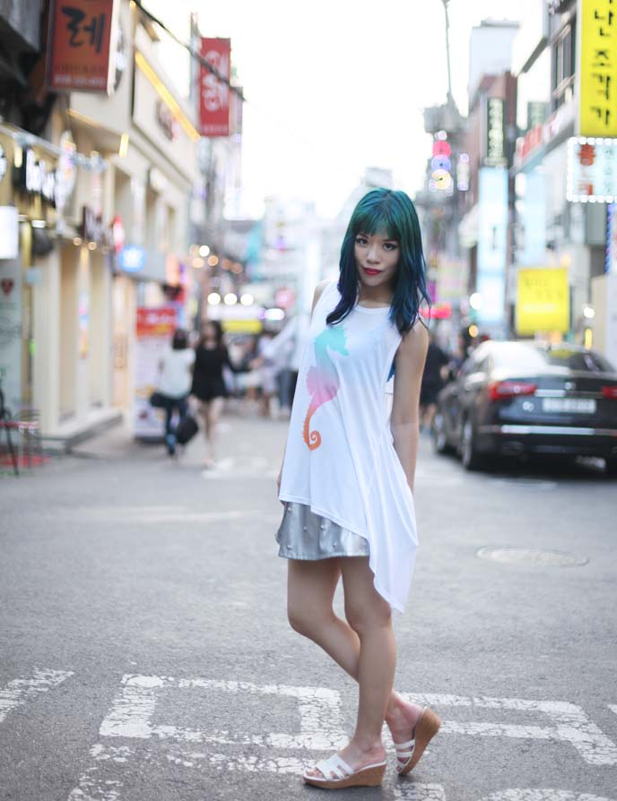 Hipster Hongdae Seoul 39 S Coolest Neighborhood Graffiti Walls Robot Bar Zombie Cafe La