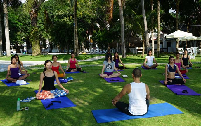 travel yoga classes