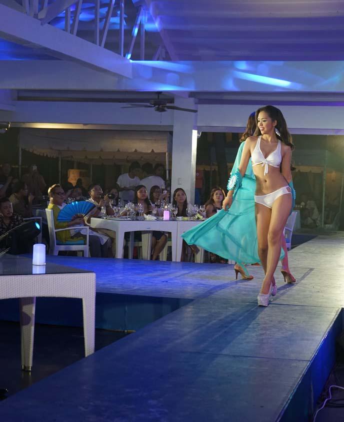 asia beauty queens, runway walk