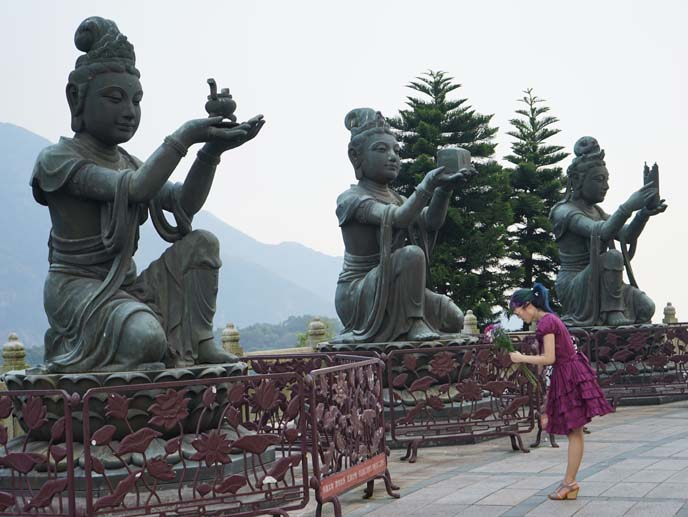 lantau bodhisattva statues