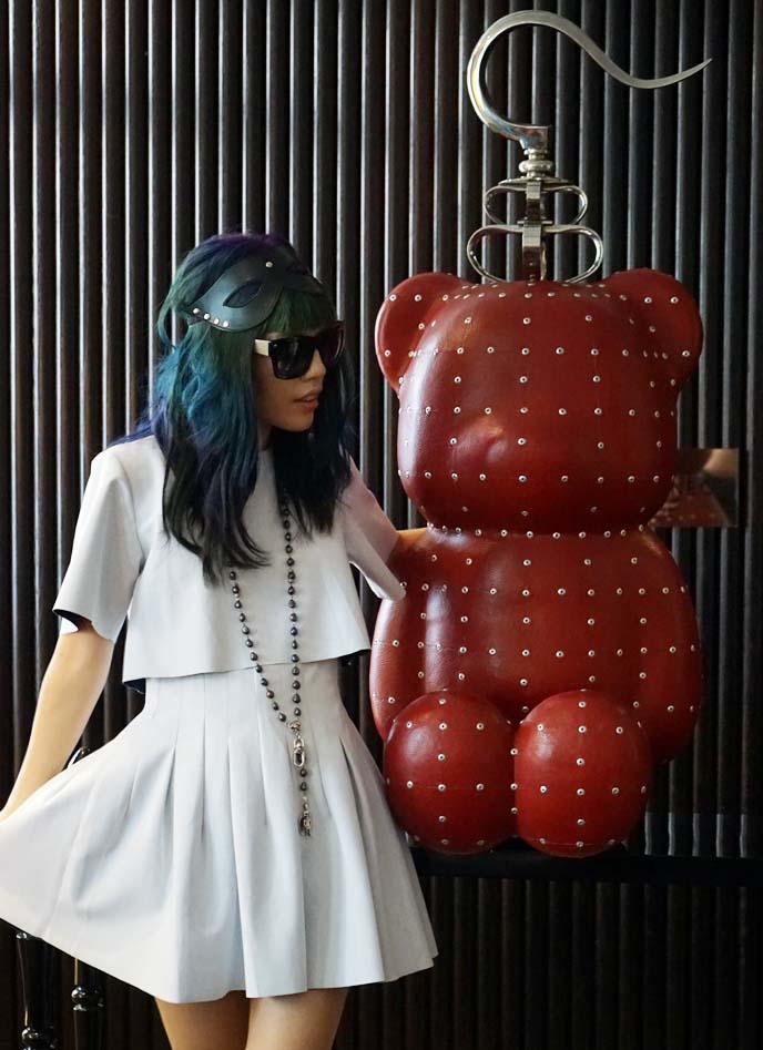 white neoprene dress, chinese fashion blogger