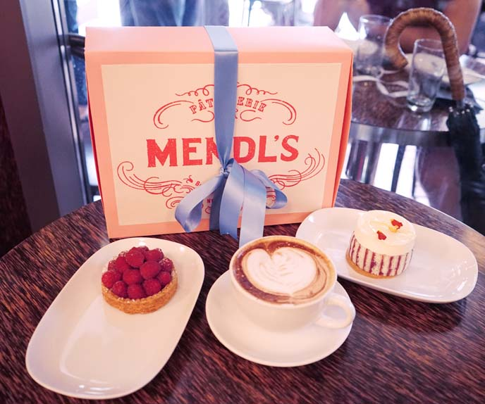 mendl's bakery box