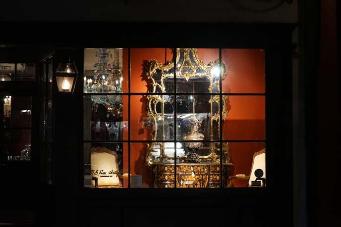 antique furniture shop, royal st