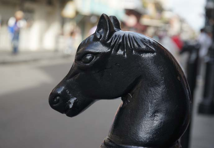 horse head posts new orleans