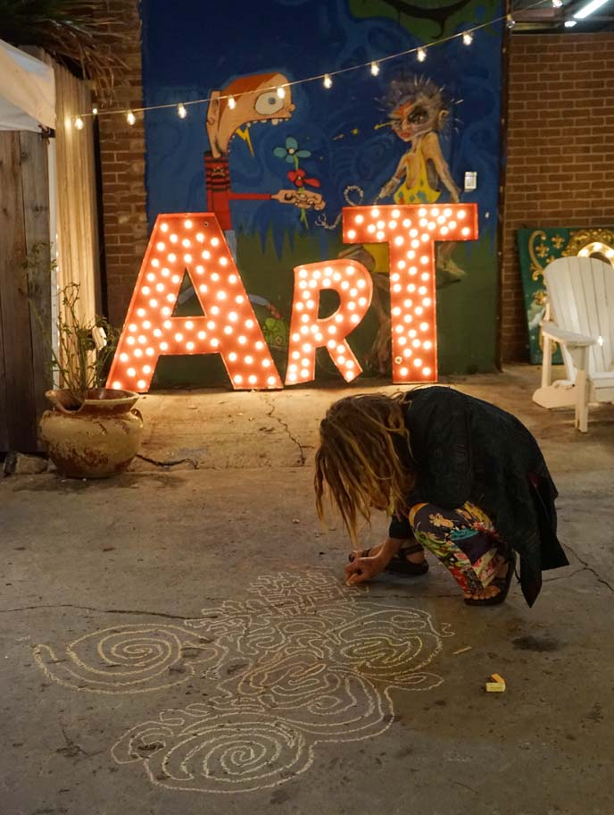 frenchman street art market, crafts