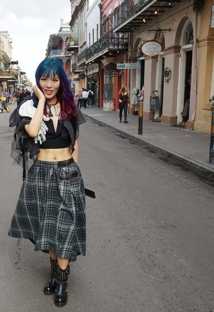 long blue plaid skirt, vintage fashion blogger