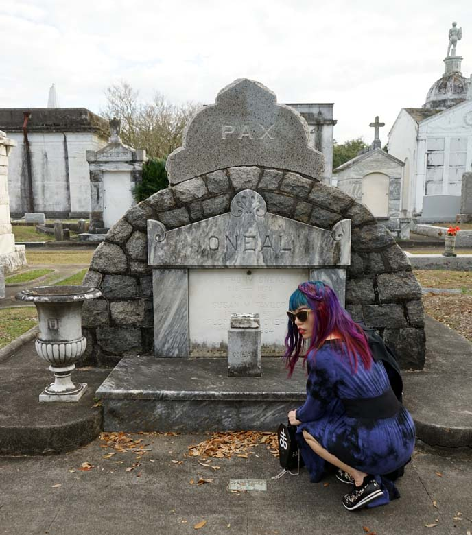 goth modeling cemetery tombs