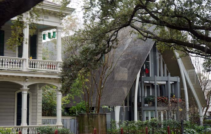 new orleans homes, christmas wreathes