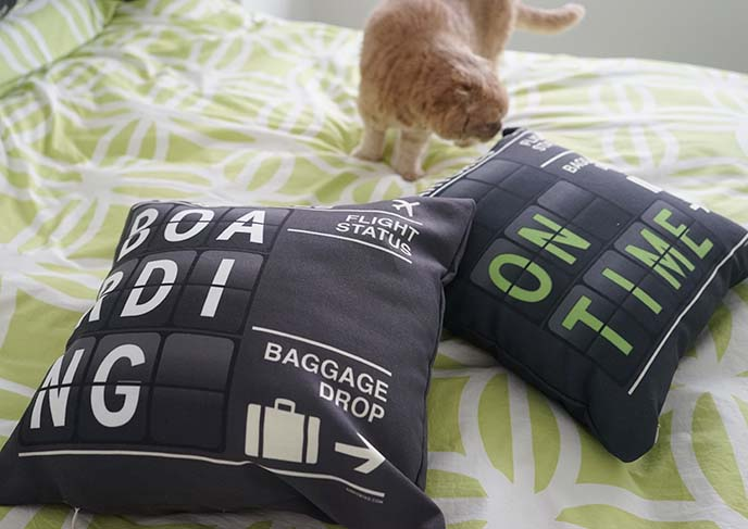 airport tag travel pillows