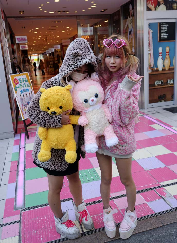 cute japanese teen girls, harajuku twins