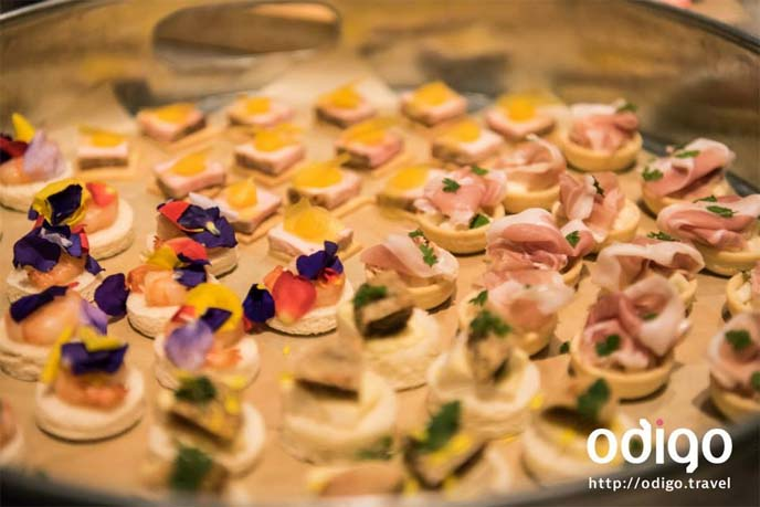 colorful hor d'oeuvres